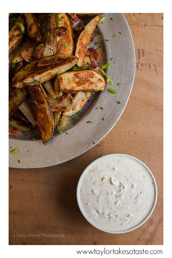 Baked Potato Wedges with Bacon Buttermilk Dip