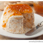 Bacon_cheese_fig_jam_2